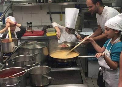 HOTEL TRIGLAV BLED - Rojstni dan v kuhinji